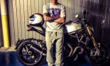 Buồn chuyện thi đấu, Lewis Hamilton mua Ducati Monster 1200