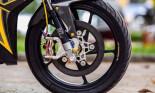 Yamaha Exciter 150 độ phanh gốm phong cách Dubai về Việt Nam