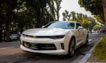 """""""Cơ bắp"""" Mỹ Chevrolet Camaro bản RS cực hiếm chưa biển số dạo phố tại Thủ đô"""