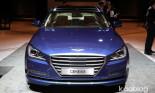 Hyundai tiết lộ giá bán Genesis 2015 sedan
