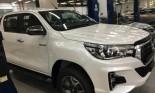 Toyota Hilux 2018 đã  có mặt tại các đại lý, giá từ 695 triệu đồng