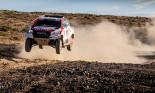 """""""Gã khổng lồ Nhật"""" lên kế hoạch Toyota Hilux cạnh tranh Ford Ranger Raptor"""