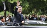 Sang thăm Việt Nam, tại sao Tổng thống Hàn Quốc đi xe Mercerdes?