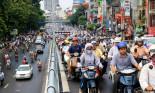 """Chàng phượt thủ Mỹ: """"Cách người Việt điều khiển ô tô là lái xe sao?"""""""