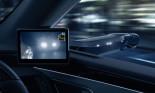 Lexus là thương hiệu đầu tiên trên thế giới sử dụng công nghệ gương kỹ thuật số