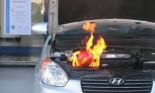Xem bóng cứu hỏa dập tắt đám cháy ngay tức thì cho xe
