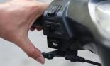 Công dụng ít ai biết về cần gạt gió xe máy
