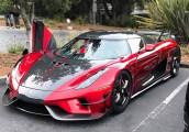"""Koenigsegg mang dàn xe triệu đô """"đốt mắt"""" người hâm mộ"""
