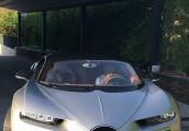Ăn mừng chiến thắng ở Champions League, Cristiano Ronaldo sắm Bugatti Chiron
