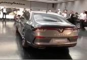 Concept sedan VINFAST lộ diện hoàn toàn trước khi ra mắt tại Paris
