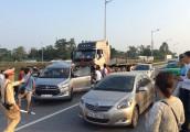 Chi tiết vụ việc xe innova lùi trên cao tốc