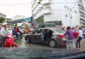 Sau va chạm, người điều khiển xe máy chém đứt gân tay tài xế ôtô