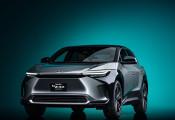 Hé lộ Toyota bZ4X: Ô tô điện đầu tiên của Toyota, quãng đường di chuyển ngang ngửa VinFast VF e35