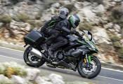 Sport-touring Ninja 1000SX 2022 vừa nhận được các nâng cấp mới