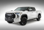 Bán tải 'anh lớn' của Toyota Hilux có bản mới sau 10 năm, về Việt Nam chắc chắn có cửa đấu Ford Ranger