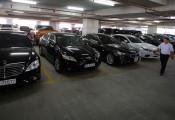 Gửi xe giao chìa khóa - nỗi bất an của tài xế Việt