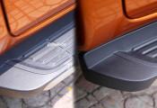 Phục hồi nhựa nhám ô tô – xe máy bằng xi đánh giày