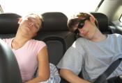 Nguyên nhân khiến cơ thể mệt mỏi khi đi xe ô tô hàng ngày
