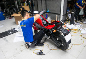 Nên chăng dán keo bảo vệ xe máy?