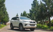 """Toyota Fortuner 2017: Vì sao độc chiếm """"ngôi vua""""?"""