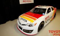 Toyota mang Camry 2013 tới giải đua NASCAR