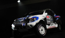 Xe đua của Ford ngốn 90 lít nhiên liệu/100km
