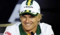 Lotus thay thế Raikkonen bằng Kovalainen