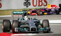 F1: Mercedes-Petronas bất bại với chiến thắng lần thứ 5