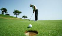 Luật golf: Vô tình khiến bóng di chuyển trước khi đánh sẽ bị phạt như thế nào?