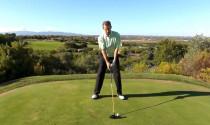 Di chuyển trọng lượng cơ thể trong cú swing như thế nào cho chuẩn xác