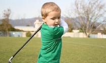 Khi nào trẻ đủ tuổi ra sân golf, cần bắt đầu sao cho tốt nhất?