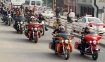 9X Hà thành học đòi chơi mô tô khủng