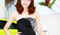 Người đẹp khoe sắc tại Thượng Hải Auto Show  phần 2