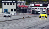 Porsche 911 Carrera và Boxster S tranh tài