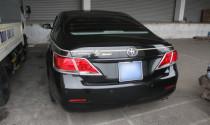 Toyota Camry in hình rồng trên đường phố Hà Nội