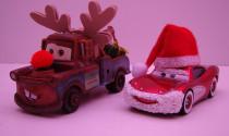 Những cách trang trí xe Noel ấn tượng nhất