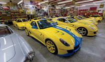 Bên trong Garage toàn siêu xe Ferrari màu vàng