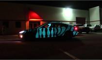 Tesla Model S độ màu sơn nhấp nháy ấn tượng