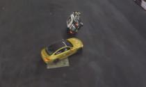 BMW M4 donut liên tục 1 phút quanh xe chạy 2 bánh