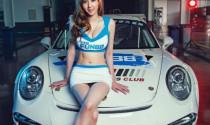 Ngắm Hotgirl dáng chuẩn bên Porsche 911 GT3