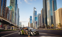 Màn drift dạo 1 ngày tại Dubai cùng Ford Fiesta ST độ