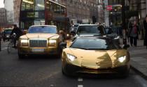 Dàn siêu xe hơn 1,8 triệu USD được mạ vàng xuất hiện tại London