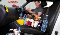 Tiêu chuẩn nghiêm ngặt về những chiếc khay đựng cốc trên xe Nissan