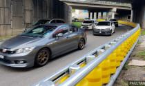 Malaysia thí điểm rào chắn giao thông an toàn dạng trụ xoay