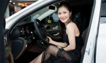 Hương Tràm mua xế sang Mercedes-Benz E200, giá 2.1 tỷ đồng