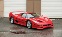 """Ferrari cũ của """"tay đấm hạng nặng"""" Mike Tyson có giá 2.4 triệu USD"""