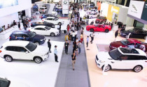 Mẹo mua ô tô tháng ngâu cho khách hàng Việt