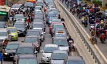 \'Cuộc chiến\' giành đường của xe máy và ôtô tại Việt Nam
