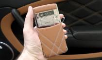 Top những điện thoại đắt tiền thửa riêng cho xế xịn