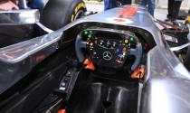Vì sao xe đua F1 không có túi khí?